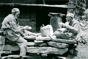 Malana Weavers at Kullu